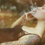 Hình ảnh hút thuốc lá buồn, ảnh hút thuốc tâm trạng cô đơn