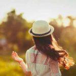 Triết Lý Hay Về Tình Yêu, 45+ Dòng Triết Lý Hay & Sâu Sắc Về Tình Yêu