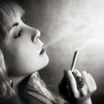 Hình ảnh khói thuốc buồn – Ảnh khói thuốc đẹp & nghệ thuật nhất