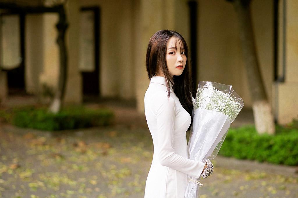 Thơ Tháng 10 - Chùm Thơ Tình Tháng Mười Lãng Mạn & Cô Đơn Nhất